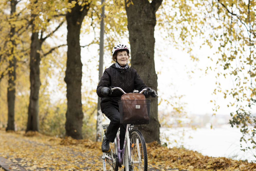 Pyöräilijä. Kuva: Katja Tähjä